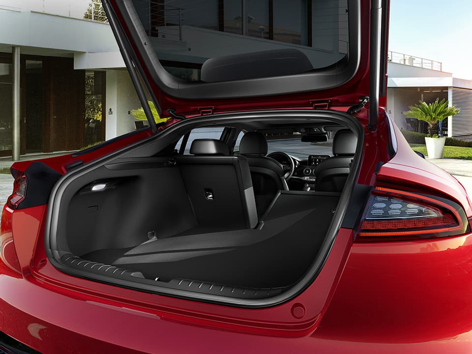 Kia Stinger spacious boot